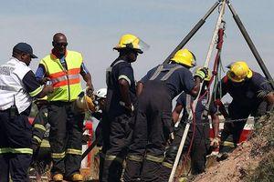 Gần 400 công nhân mỏ ở Nam Phi mắc Covid-19