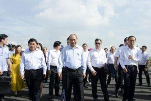 Thủ tướng Chính phủ Nguyễn Xuân Phúc thị sát các công trình trọng điểm tại Bà Rịa - Vũng Tàu