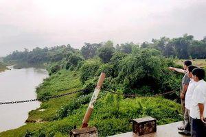 Người dân vùng 'rốn lũ' Hương Khê mong ngóng tuyến kè giữ đất