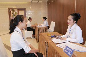 Hà Tĩnh: Hơn 1.000 lao động tham gia ngày hội tuyển dụng việc làm