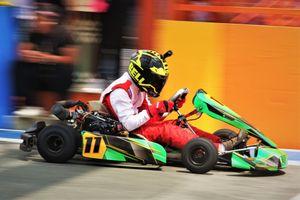 Lần đầu tham dự giải đua xe Go-Kart của tôi