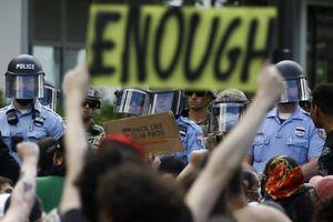 Nhiều nơi ở Mỹ áp đặt lệnh giới nghiêm ngăn chặn biểu tình bạo lực