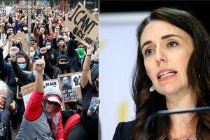 Vụ George Floyd: Thủ tướng New Zealand ủng hộ tuần hành ôn hòa, làn sóng biểu tình tràn sang Thụy Sỹ