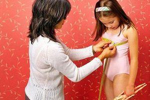 Bé gái 6 tuổi đã có kinh nguyệt: Chuyên gia chỉ rõ những sai lầm của các bà mẹ