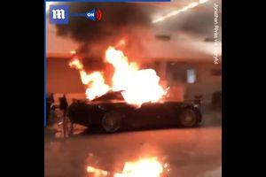 Nhóm người biểu tình ở Mỹ đập phá và đốt cháy hàng loạt ô tô Mercedes