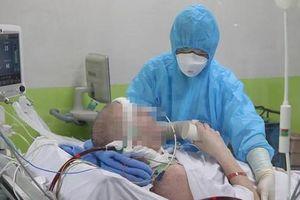 Bệnh nhân mắc Covid-19 nặng nhất Việt Nam lần đầu 'thoát' ECMO sau 57 ngày chạy máy liên tục