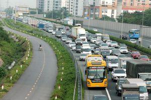 Phân loại kinh doanh vận tải hành khách bằng ô-tô - gộp chung hay chia nhỏ?