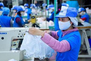 Lo ngại khẩu trang xuất khẩu không đạt chuẩn, Bộ Công Thương khuyến cáo