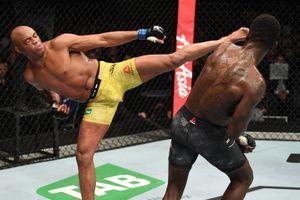 5 võ sĩ UFC bảo vệ thành công danh hiệu nhiều nhất