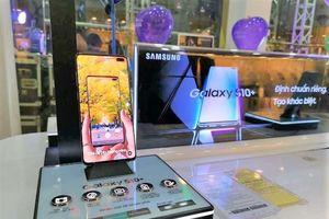 Galaxy S10+ 128GB chính hãng bất ngờ giảm giá sâu chưa từng có