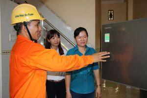 Thay đổi thói quen để sử dụng điện năng tiết kiệm và hiệu quả