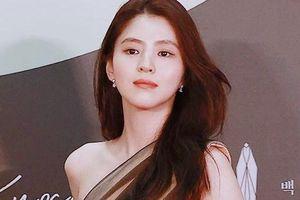 Không phải ai khác, 'tiểu tam' Thế Giới Hôn Nhân mới là 'nữ hoàng thảm đỏ' Baeksang 2020