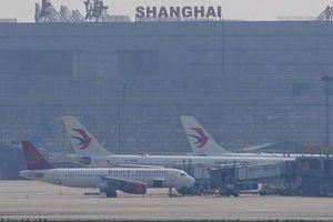 Trung Quốc 'xuống nước', Mỹ nới lỏng lệnh cấm bay