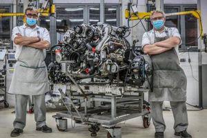 Bentley chấm dứt sản xuất động cơ đã sử dụng trong hơn 60 năm