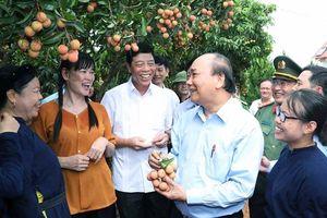 Thủ tướng Nguyễn Xuân Phúc thăm, làm việc tại tỉnh Bắc Giang