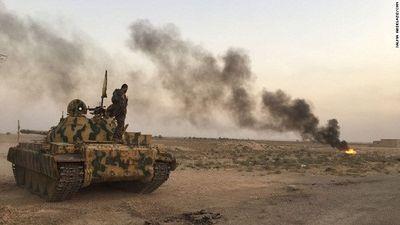 SDF chiếm vùng chiến lược tại Deir Ezzor, IS phản công trong vô vọng
