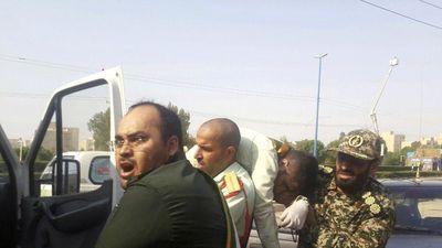 Xả súng tại lễ duyệt binh ở Iran, ít nhất 10 người thiệt mạng
