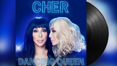 Sau Mamma Mia, danh ca Cher thừa thắng phát hành album nhạc ABBA