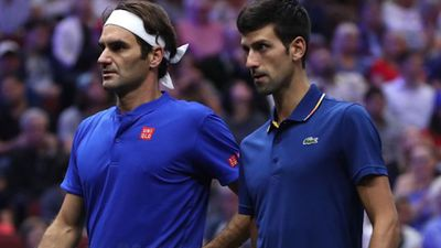 Federer và Djokovic thua ngược trong lần đầu kết hợp