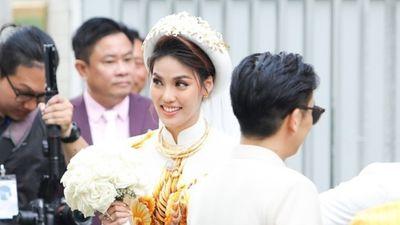 Ai ai cũng tò mò, là Hoa khôi Áo dài thì Lan Khuê sẽ mặc gì trong lễ ăn hỏi