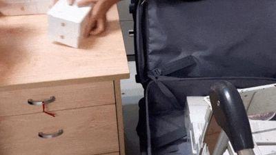 Clip: Hải quan bắt giữ lô hàng 250 chiếc iPhone Xs nhập lậu, trị giá 6,5 tỉ