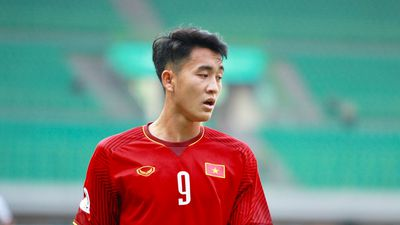 HLV Hoàng Anh Tuấn: 'U19 Việt Nam chẳng còn tí sức nào về cuối trận'