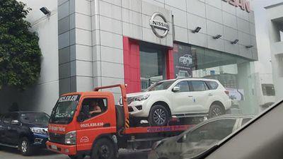 Nissan Terra giá từ 980 triệu đồng cập bến Việt Nam