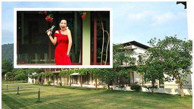 Ngắm sân vườn đẹp như cổ tích trong biệt thự của Mỹ Linh