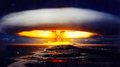 Clip: 'Tận mục' vụ nổ có sức công phá bằng 100 triệu tấn thuốc nổ TNT