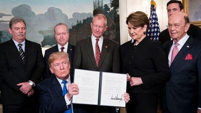 Clip: Mỹ cùng đối tác tranh cãi gay gắt về thuế quan