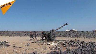 Clip: Quân đội Syria nã loạt tên lửa, xới tung nơi ẩn náu của IS ở Al-Safa