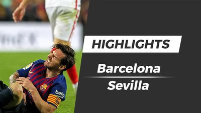 Highlights Barcelona 4-2 Sevilla: Messi dính chấn thương