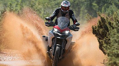 Ducati nhá hàng 'siêu phượt thủ' Multistrada 1260 Enduro 2019