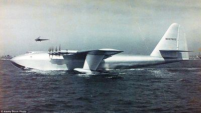 Trung Quốc ra mắt thủy phi cơ đổ bộ hạng 'khủng', cất hạ cánh trên nước