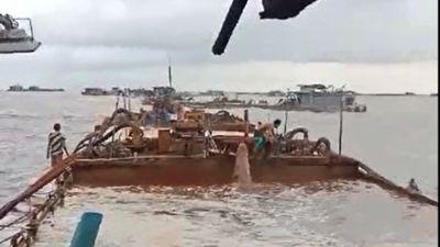 Cát tặc lộng hành đe dọa ngư dân trên biển Hải Phòng, lực lượng chức năng đang ở đâu?