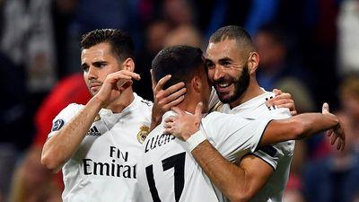 Benzema san bằng thành tích của Messi và Raul ở Champions League