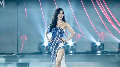 Phương Nga tỏa sáng ở đêm bán kết 'Miss Grand International 2018'