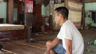 'Tử thần' vẫy gọi, người đàn ông nhiễm HIV 'tái sinh' nhờ tình yêu của vợ