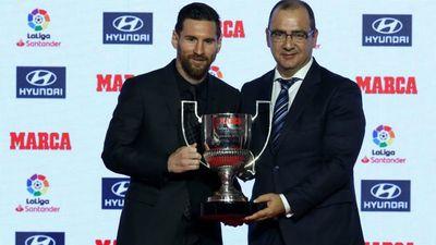 Vượt Ronaldo, Messi giành cú đúp giải cá nhân ở La Liga