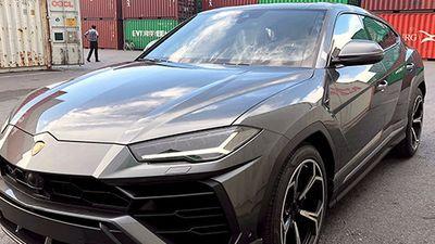 Cận cảnh SUV Lamborghini mạnh nhất thế giới tại Việt Nam