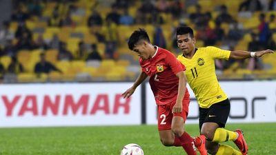 Lập siêu phẩm giống Ronaldo, ĐT Lào vẫn thua tức tưởi trước Malaysia