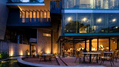 Nhà hàng pizza Hà Nội với kiến trúc 'lạ' nổi bật trên báo Mỹ