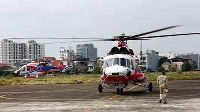 Hai trực thăng Nga trình diễn ấn tượng trên bầu trời Hà Nội