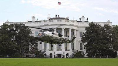 Tổng thống tỷ phú Donald Trump quyết định thay thế máy bay trực thăng Marine One