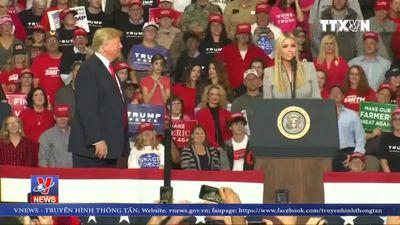 Tổng thống Mỹ bác cáo buộc nhằm vào con gái Ivanka Trump
