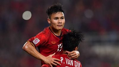 Cựu tiền vệ Quốc Vượng: 'Việt Nam phải tránh vết xe đổ của Thái Lan'