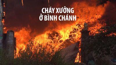 Hàng trăm lính cứu hỏa hút nước dưới kênh chữa cháy ở vùng ven Sài Gòn