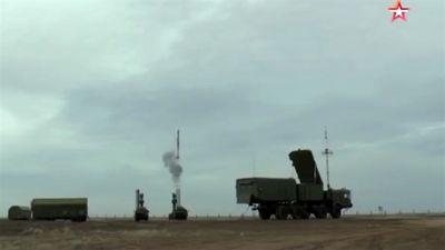 S-400 đánh chặn mục tiêu xâm nhập Baltic
