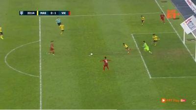 Xem video Huy Hùng và Đức Huy ghi bàn thắng vào lưới khung thành Malaysia