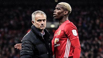 HLV Mourinho khó chịu khi bị hỏi về Pogba